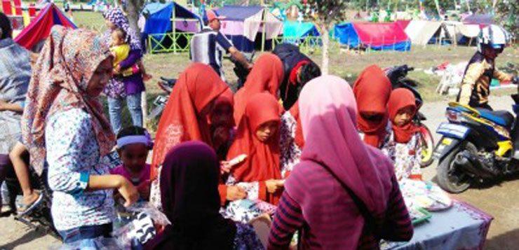 Latih Kepekaan Sosial, IPPNU Gelar Bazar