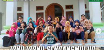 IPNU IPPNU Sendangmulyo Giat Bersih-bersih Masjid Miftahul Huda