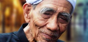 Kiprah Syaikhuna KH. Maimoen Zubair dalam Meneguhkan Khittoh NU di Indonesia